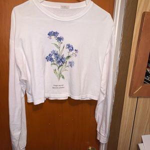 "Brandy Melville ""Forget Me Not"" Crop Long sleeve"